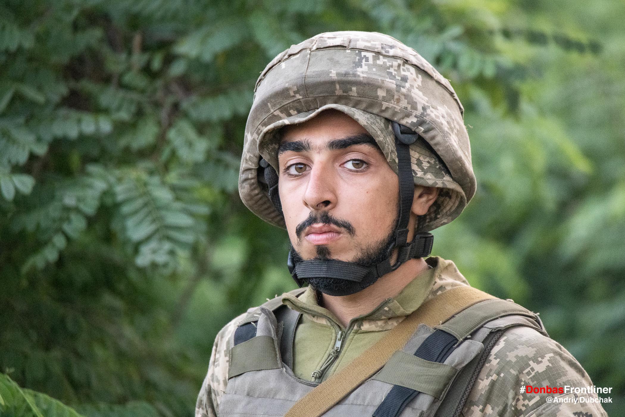 Обличчя матроса морської піхоти. Бойове тренування 503-го батальйону морської піхоти на Приазов'ї, липень 2021 року