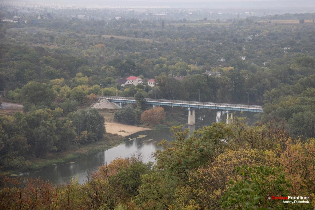 Донбас Фронтлайнер / Міст через річку Сіверський Донець між Лисичанськом та Сєвєродонецьком
