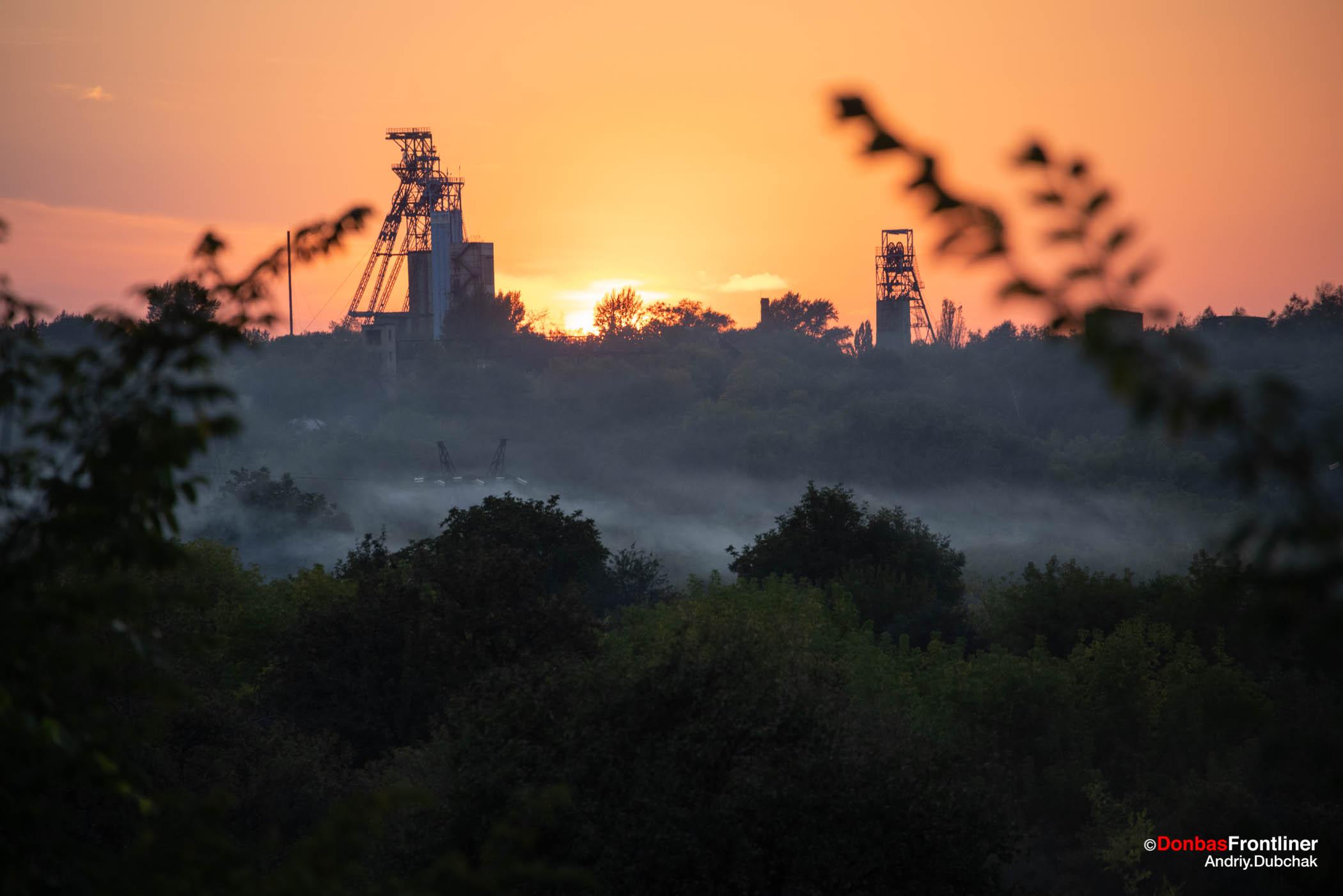 Затоплені шахти у Золоте на Донбасі